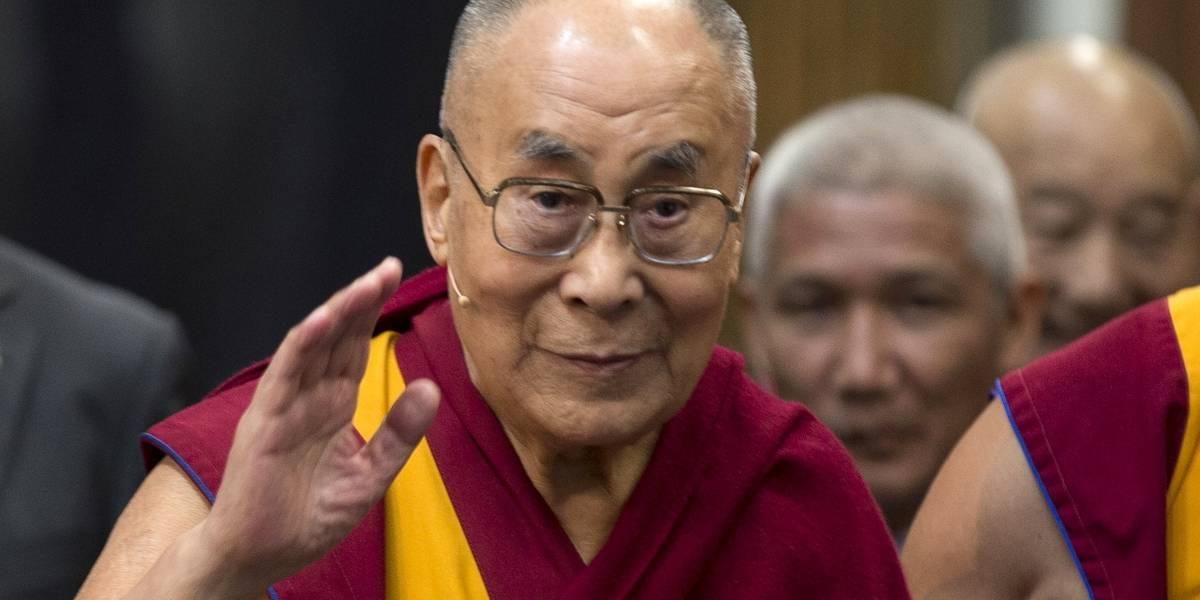 Reportan mejoría del Dalai Lama tras hospitalización