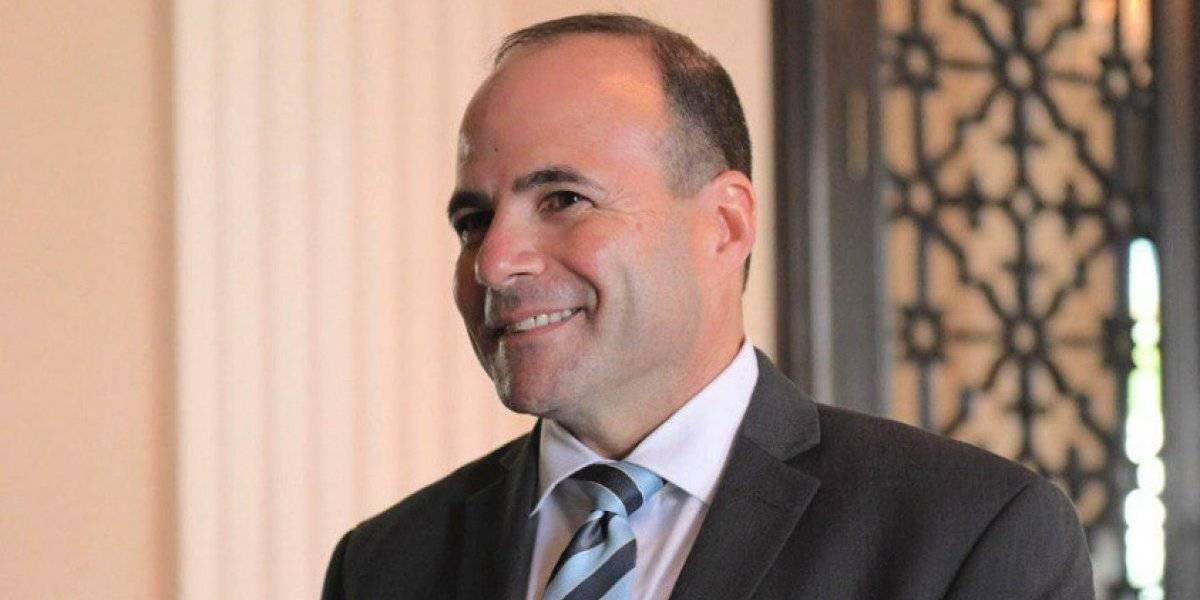 Cámara de Representantes confirma a viva voz a Elmer Román como secretario de Estado