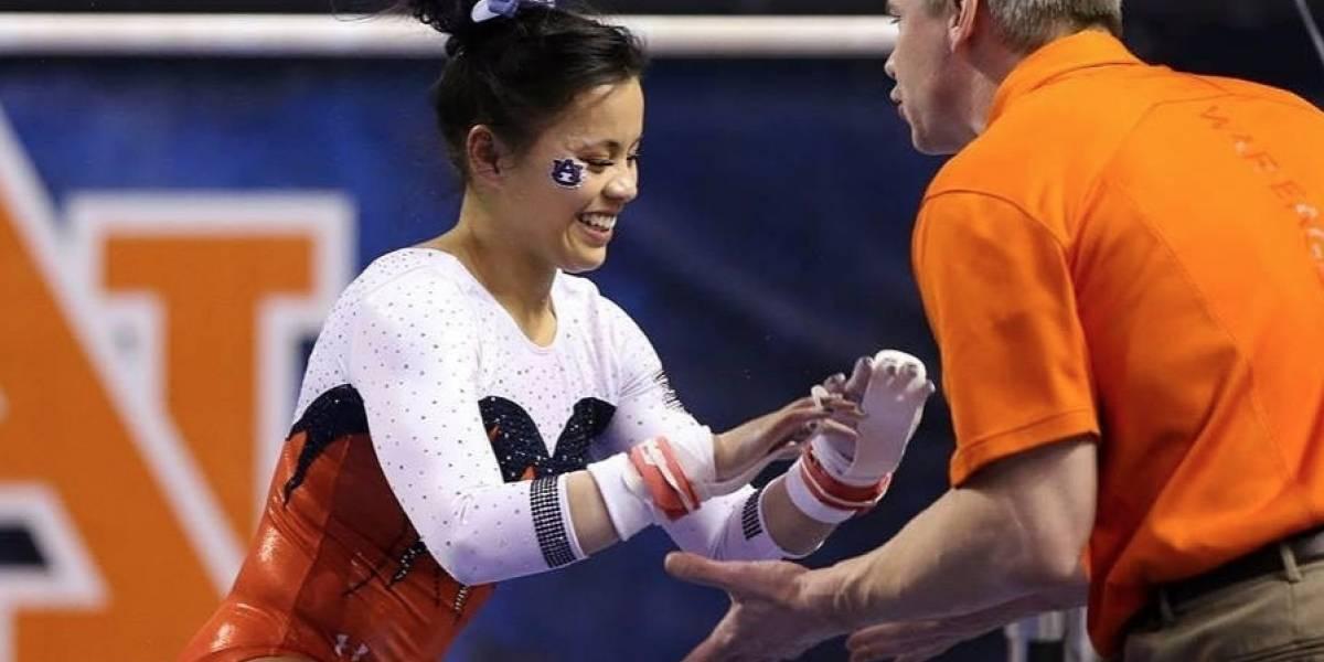 El coach de la gimnasta que se rompió las dos piernas la defiende ante las críticas