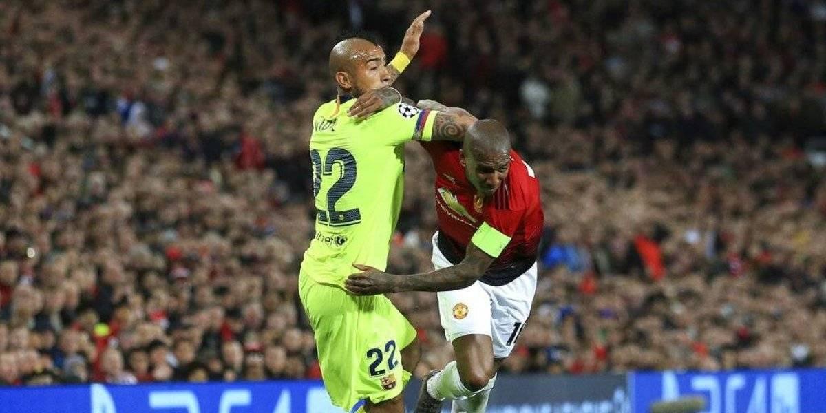 """""""Salió como un elefante en una cristalería"""": En España destacan al """"guerrillero"""" Vidal ante Manchester United"""