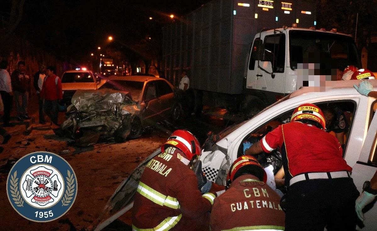 accidente de taxi en zona 12