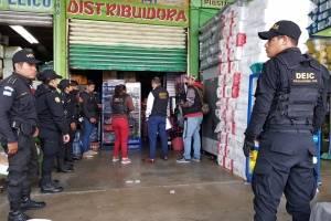 PNC y MP inspeccionan comercios en el Cenma