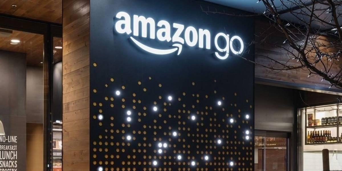 Amazon dice que pronto aceptarán efectivo en sus tiendas físicas