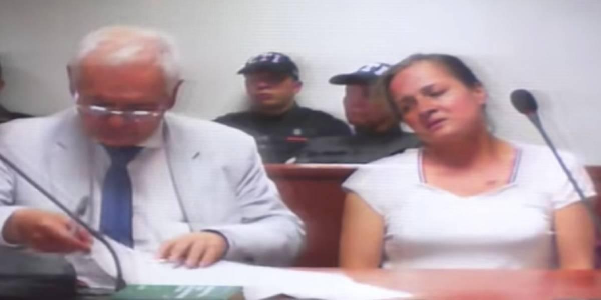 Envían a la cárcel a mujer acusada de asesinar a su esposo y a sus dos hijos en Bogotá