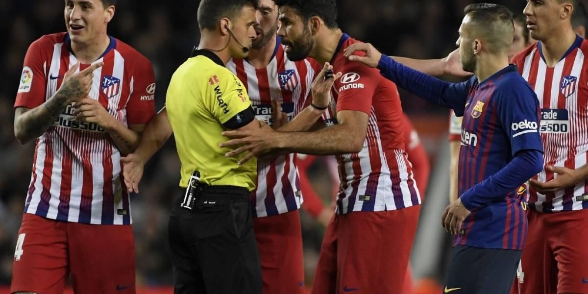 Diego Costa es suspendido ocho partidos por agarrar e insultar a un árbitro