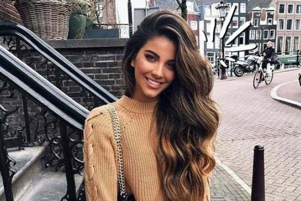 Color de pelo para piel india clara