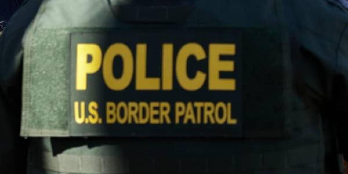 Viajaron dos días con un muerto en el auto y los descubrieron en la frontera