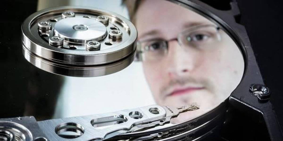 """""""Un día negro para la libertad de prensa"""", así manifiesta Edward Snowden sobre la retención de Julian Assange"""