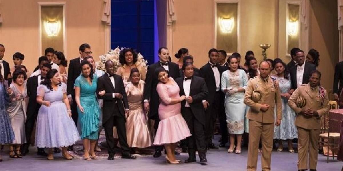"""""""La Traviata"""", un merecido aplauso para el buen arte escénico"""