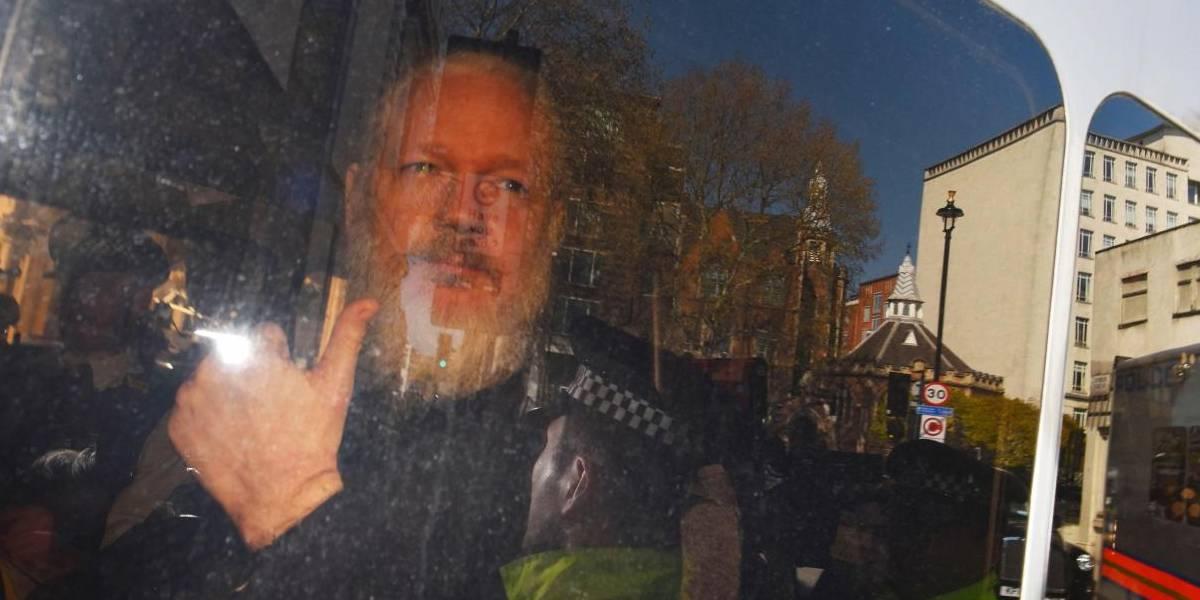 Estados Unidos acusa a Julian Assange y levanta cargos por hackeo y conspiración