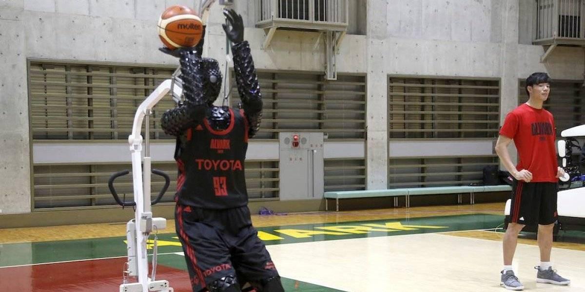 CUE, el robot basquetbolista que anota canastas sin fallar