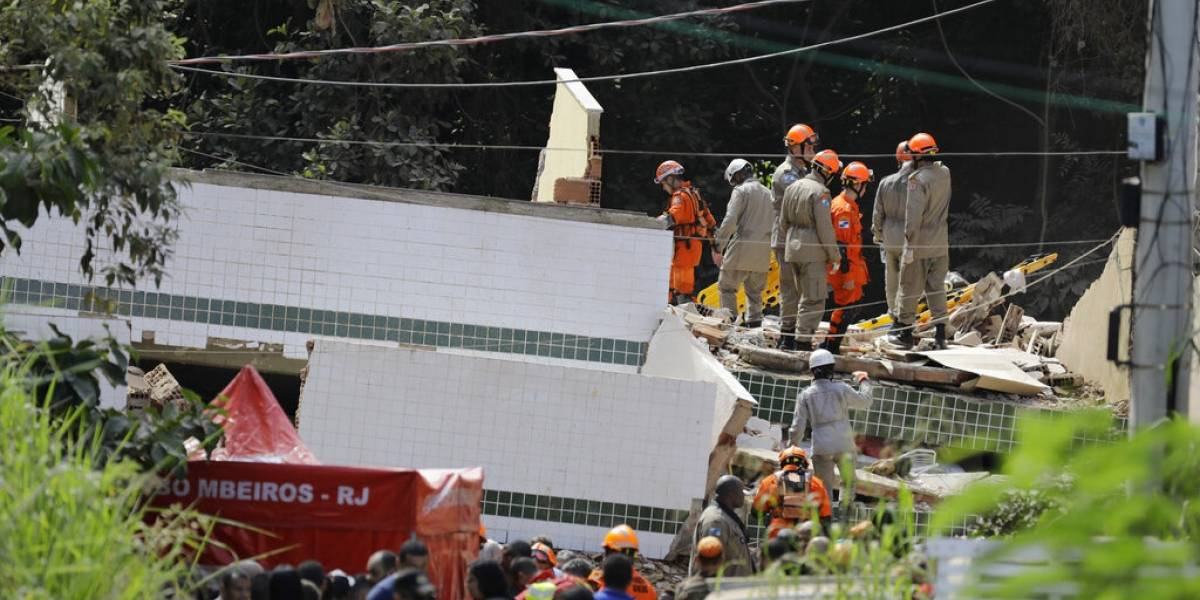 Siete muertos y 17 desaparecidos tras derrumbe de edificios en Brasil