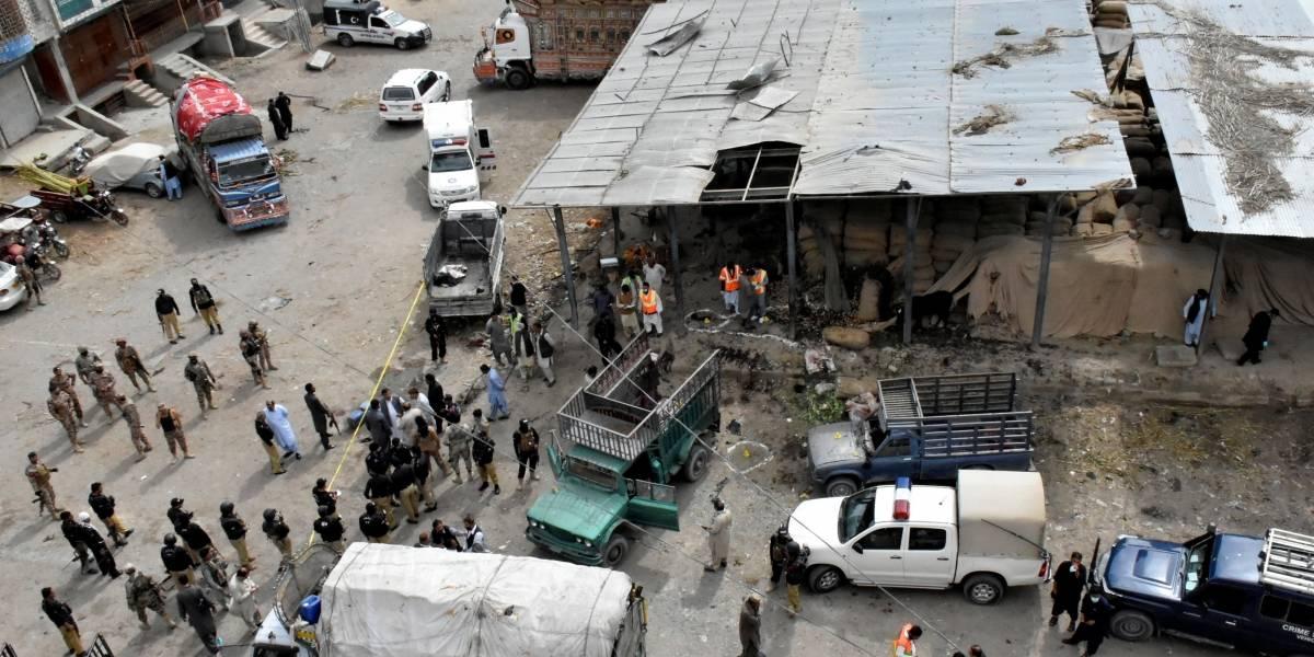 Grupo armado assassina 14 passageiros de ônibus no Paquistão