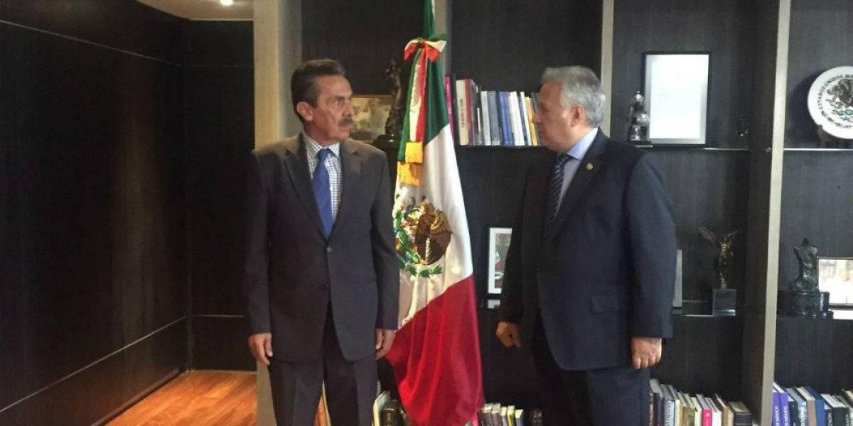 Alejandro Aguilera sustituye a Simón Levy en Secretaría de Turismo