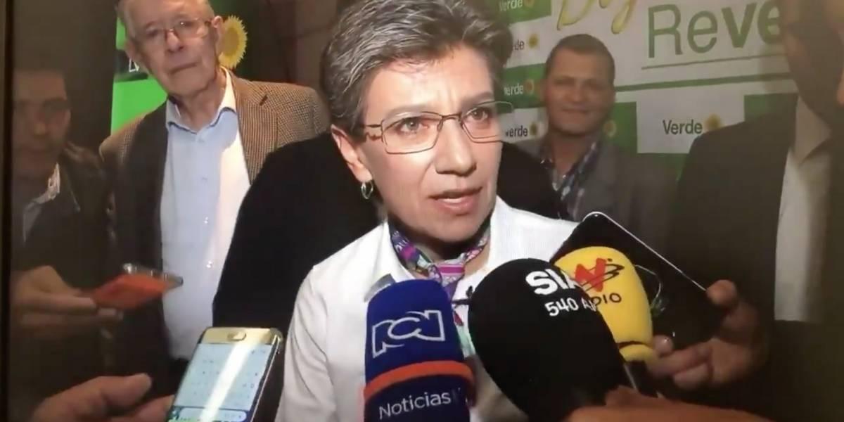 Claudia López explicó por qué llamó 'ignorante' a periodista venezolano