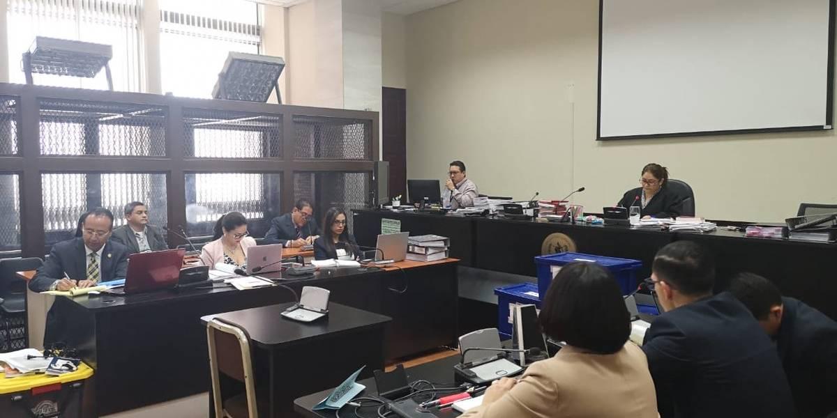 Gustavo Alejos y otros tres quedan en libertad por orden de jueza