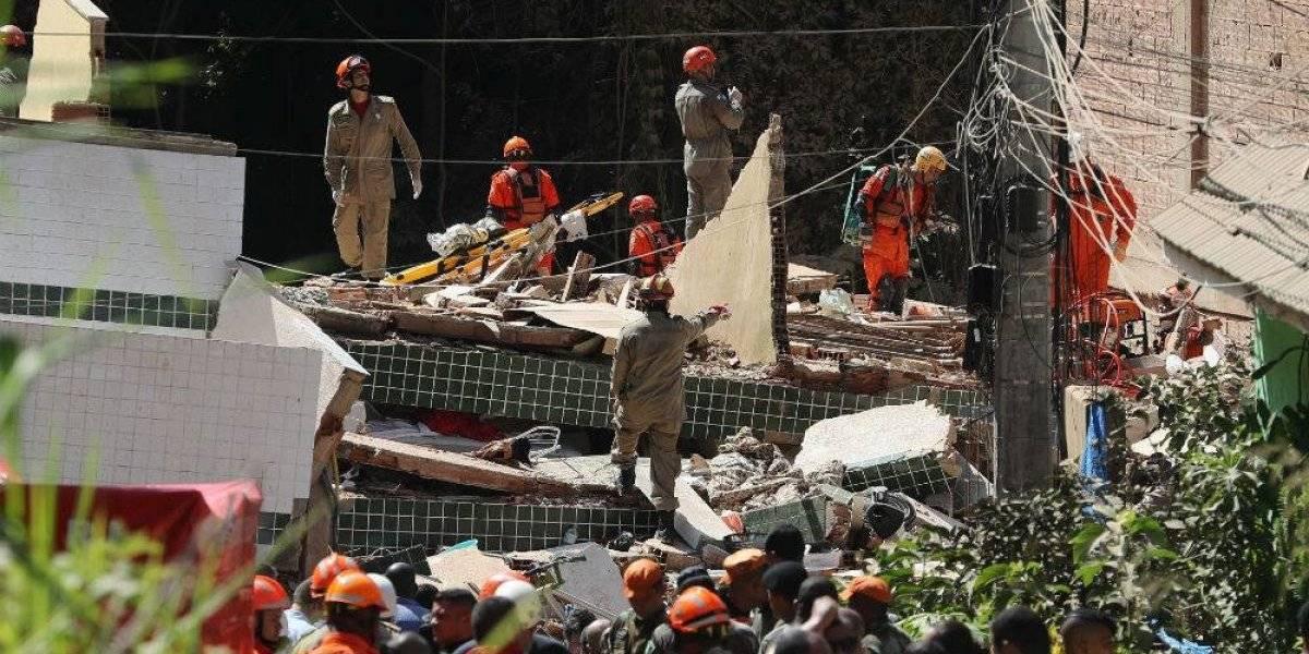 Derrumbe de dos edificios en Río de Janeiro deja al menos 5 muertos