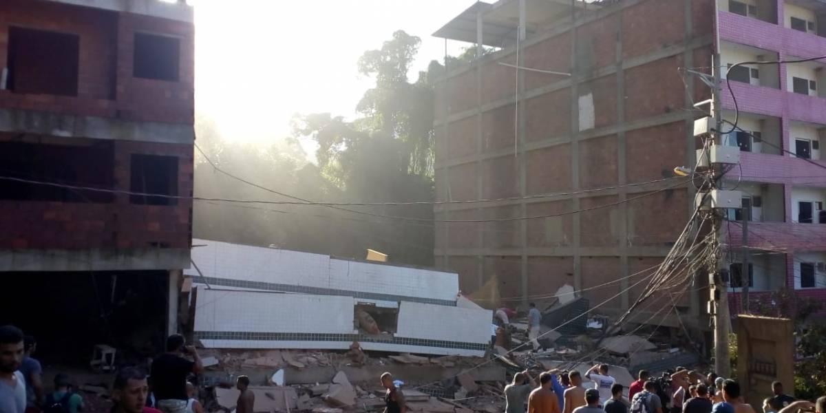 Bombeiros continuam buscas por sobreviventes de desabamento de prédio