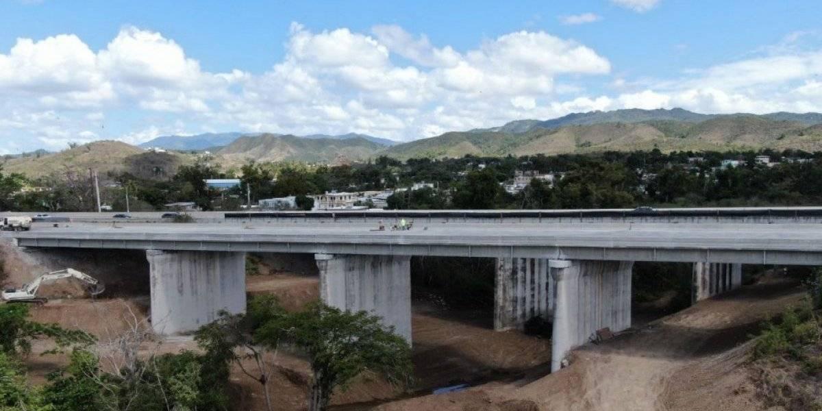 Reabren puente en la PR-52 en Juana Díaz