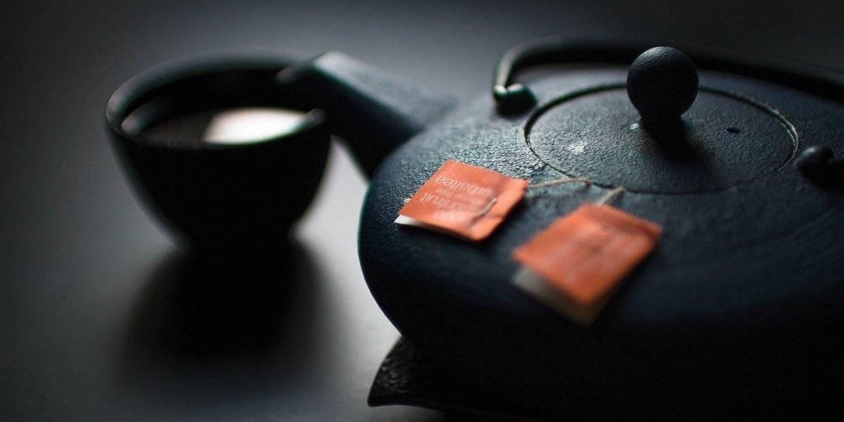 Como tomar o chá verde? Publicações mostram qual a forma mais efetiva de inseri-lo na dieta