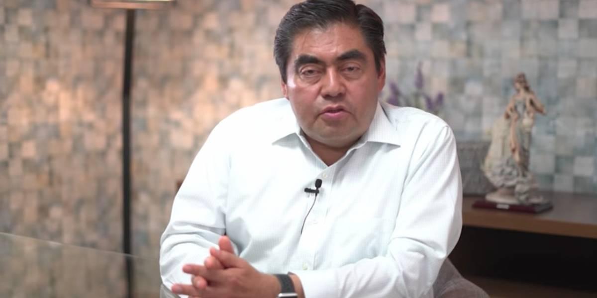 Morena confirma a Miguel Barbosa como candidato en Puebla