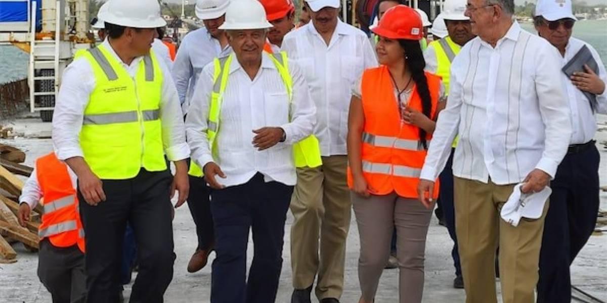López Obrador supervisa avances en puente La Unidad, en Campeche
