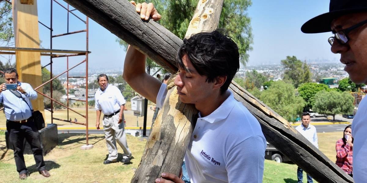 Dejar los taquitos, uno de los sacrificios de Toño, el Cristo de Iztapalapa