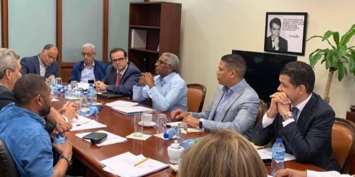 CNS avanza en negociación del salarios mínimos en sector privado no sectorizado