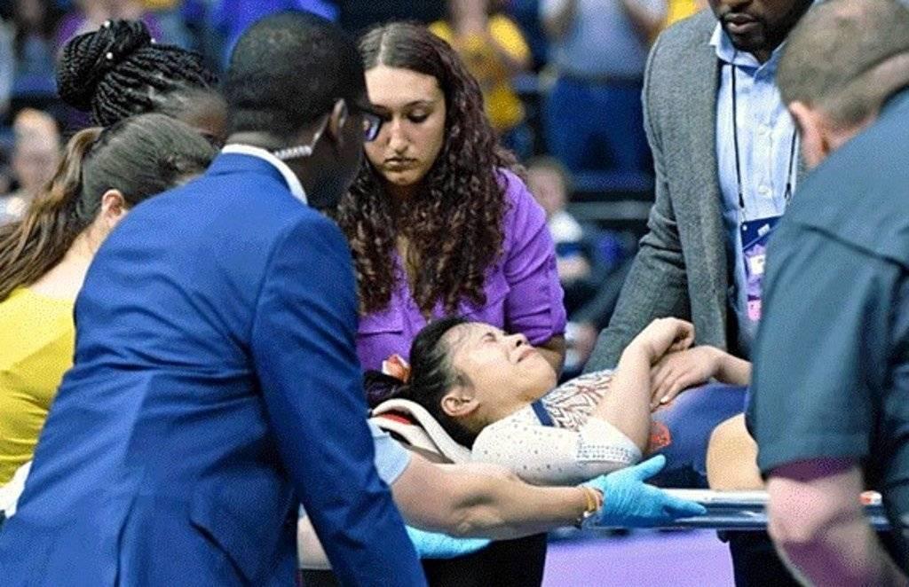 Samantha Cerio gimnasta se rompe las piernas