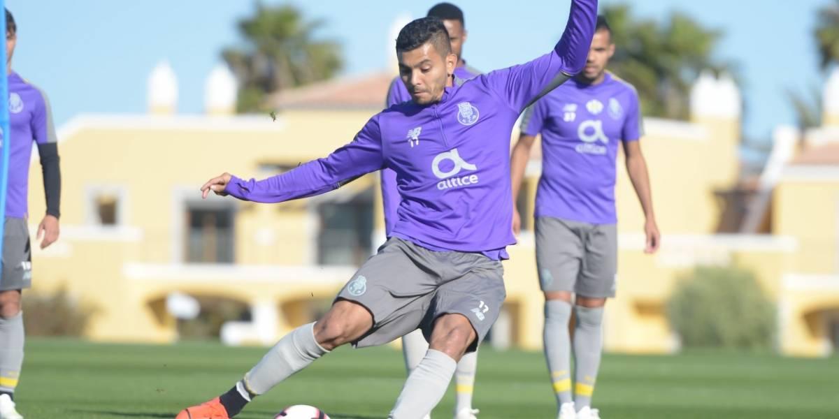 'Tecatito' se lesiona y está en duda para enfrentar al Liverpool