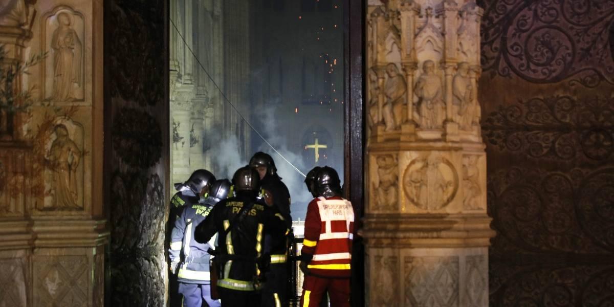 Personalidades comentam incêndio na Catedral de Notre-Dame