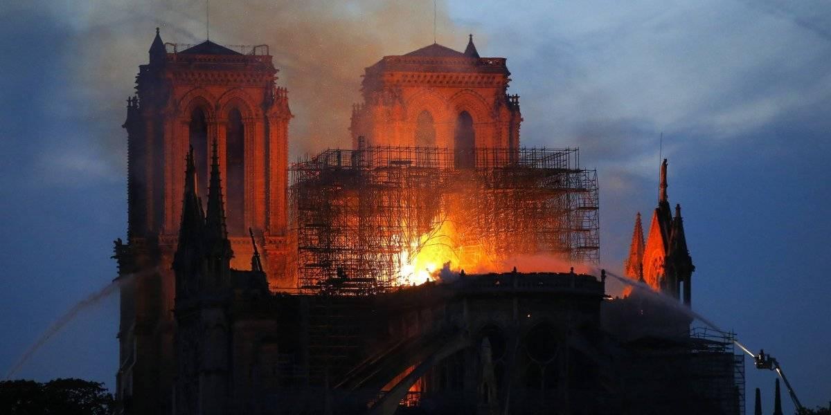 AMLO lamenta el incendio en la catedral de Notre Dame