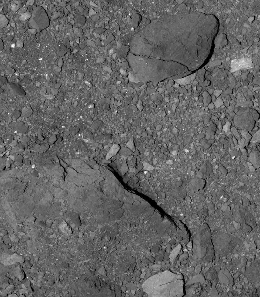 Nave espacial de la NASA logra acercarse a solo 600 metros de un asteroide