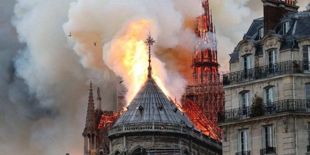 VIDEO. Llamas devoran la catedral de Notre-Dame de París