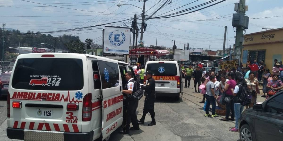 Ataque en bus en Mixco deja un muerto y un herido