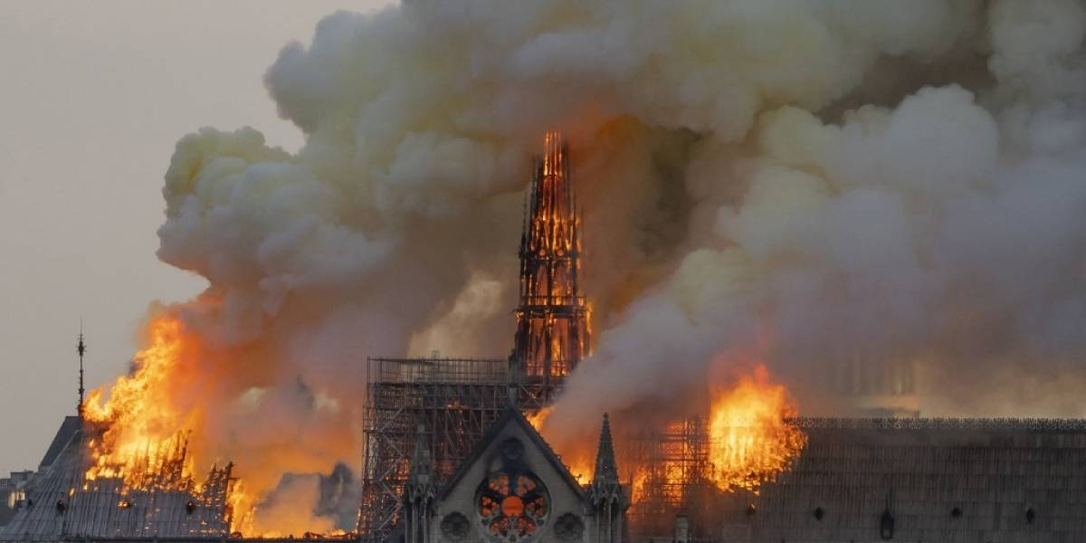 Francia lanza concurso internacional para reconstruir aguja de Notre Dame
