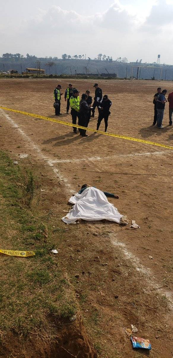cadáver de mujer localizado en Ciudad Satélite, Mixco