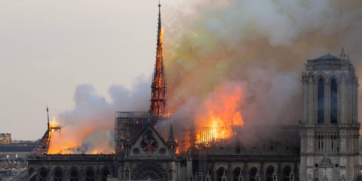 Famosos lamentan el incendio en Notre Dame