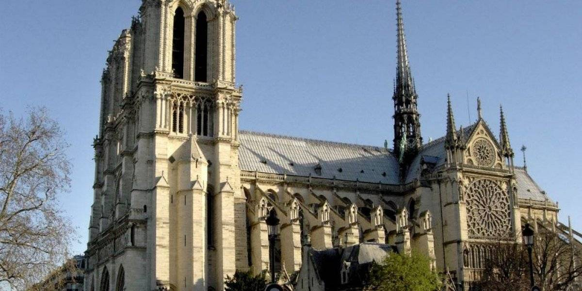 Da un recorrido virtual por la catedral de Notre Dame