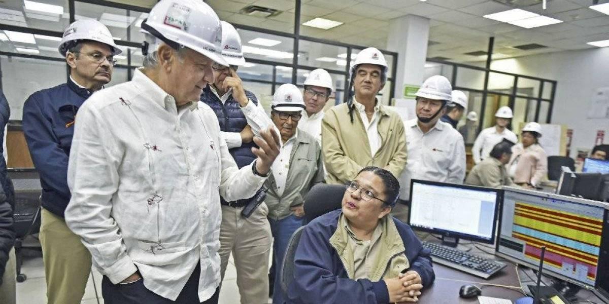 Austeridad deja sin vehículos a directivos de Pemex