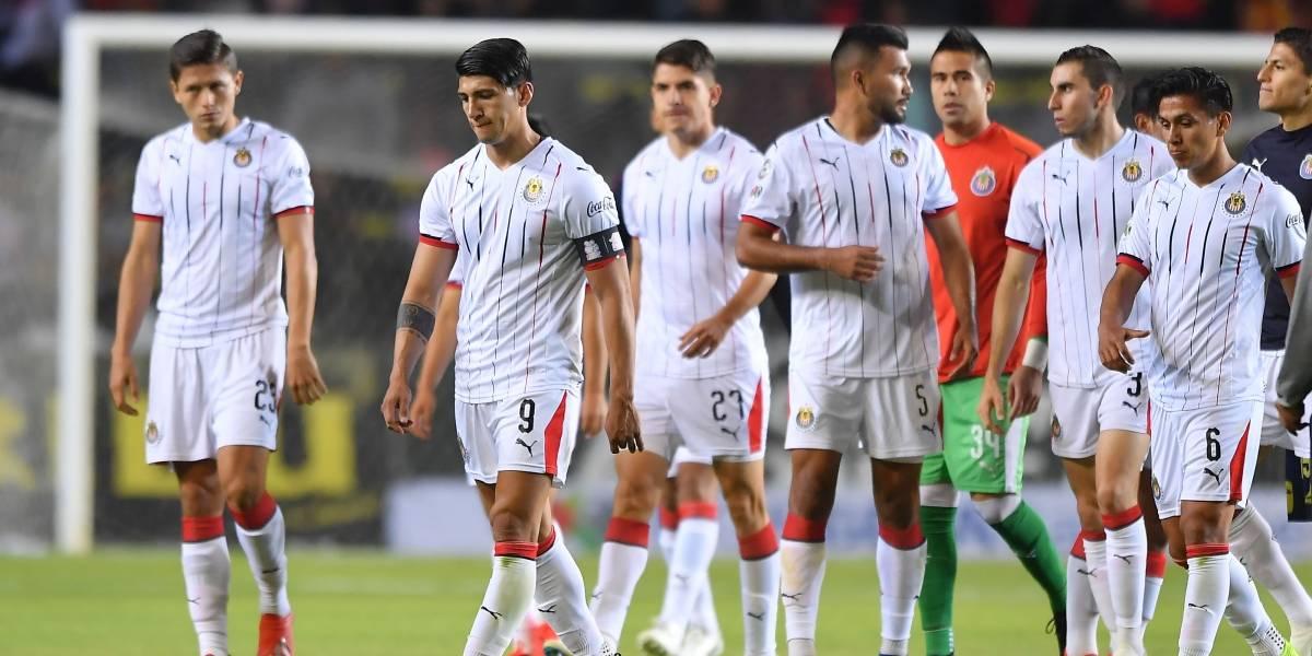 Habrían castigado a tres jugadores de Chivas por indisciplina