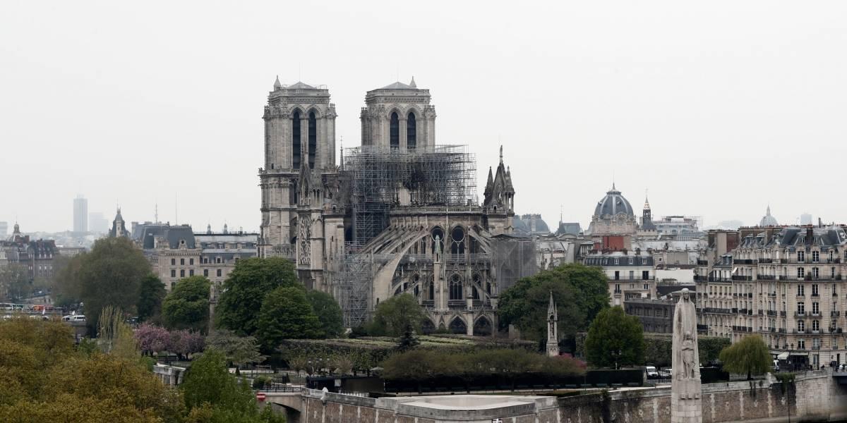 Marcas de luxo doam R$ 1,3 bilhão para reconstrução de Notre-Dame