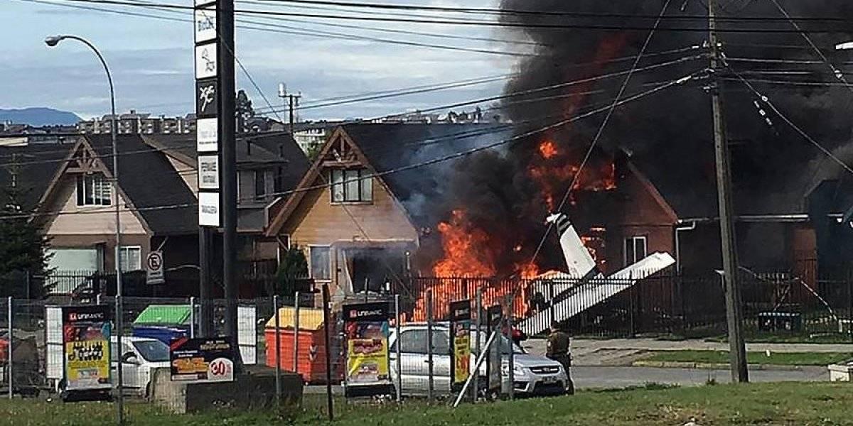 Avioneta cae sobre dos viviendas en Puerto Montt: intendente de Los Lagos confirma al menos seis víctimas fatales tras accidente