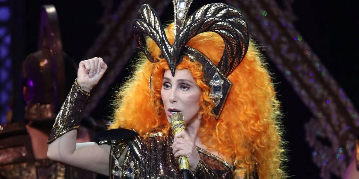 'Minhas turnês de despedida são constrangedoras', diz Cher