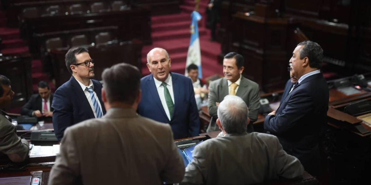 Diputados se alistan para receso legislativo y promover su imagen