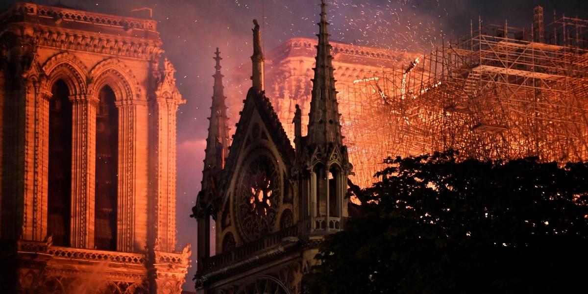 Francisco desea que Notre Dame vuelva a ser patrimonio de la humanidad