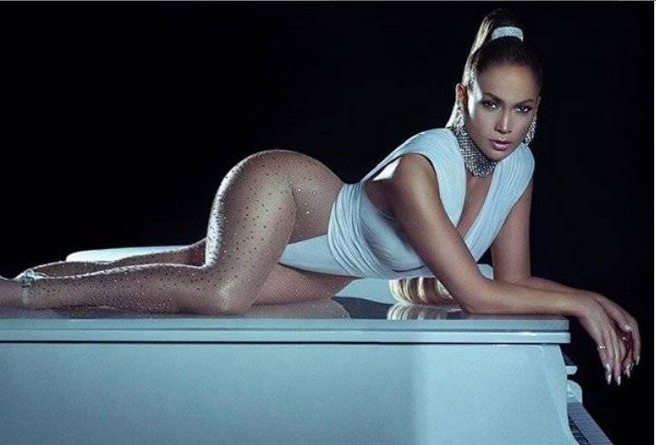 Nuevas fotos inéditas de Jennifer Lopez afectan su sensualidad