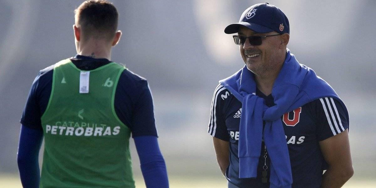 Arias recibió su primera buena noticia en la U y prepara cambios para enfrentar ante Curicó