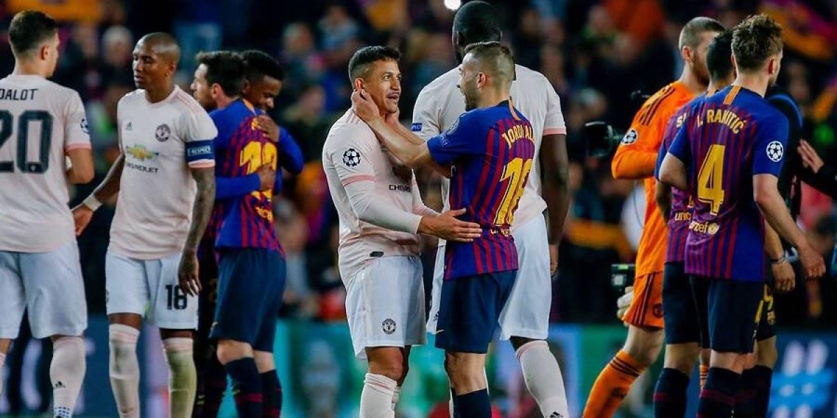 Volviste Maravilla: Un aplaudido Alexis Sánchez regresó a las canchas y casi le hace un gol al Barça