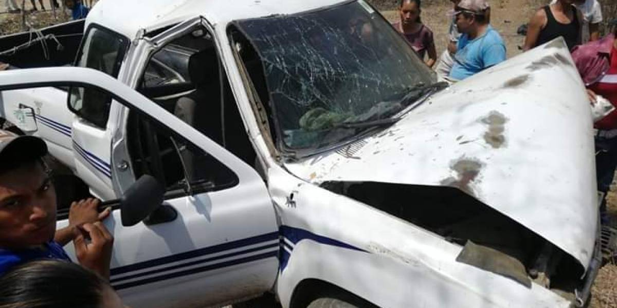 Se accidentan en Zacapa cuando regresaban de actividad política